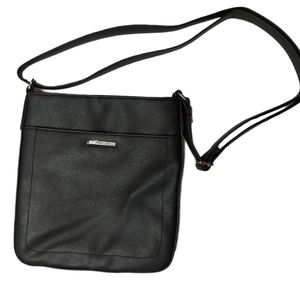 Roots NWOT Black Faux Leather Cross Body Purse
